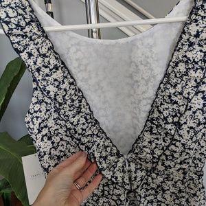 Zara Dresses - NWT Zara Trafuluc v-back shift mini dress